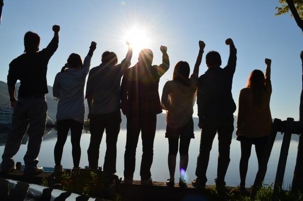 若者の活躍で活気にあふれる介護施設まとめ