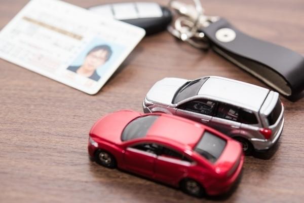 家族の介護生活が始まったら車の免許は必須?